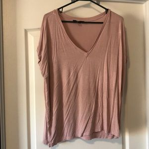 FOREVER 21 Loose and flowy v neck t shirt